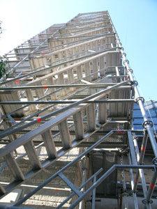 giàn giáo tháp